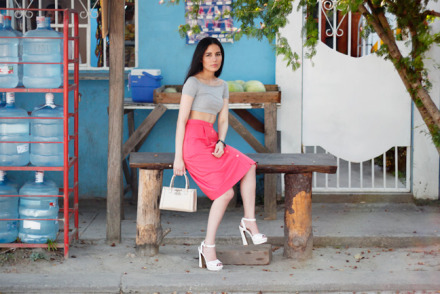 Wearing vintage midi-skirt and ASOS crop top to the pulperia.